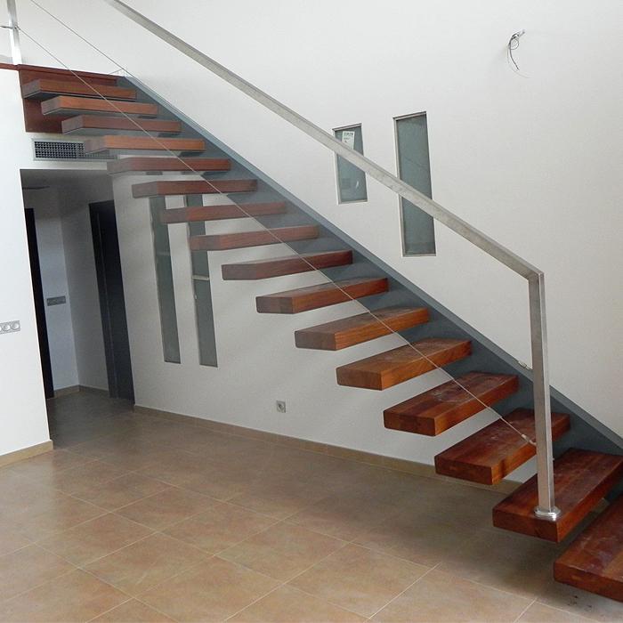 Escalera suspendida